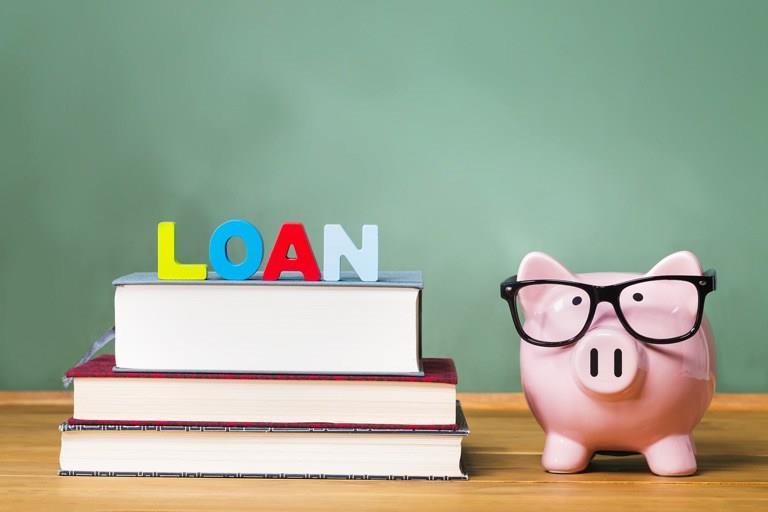 Cách vay tiền đi du học đơn giản, lãi suất ưu đãi hiện nay